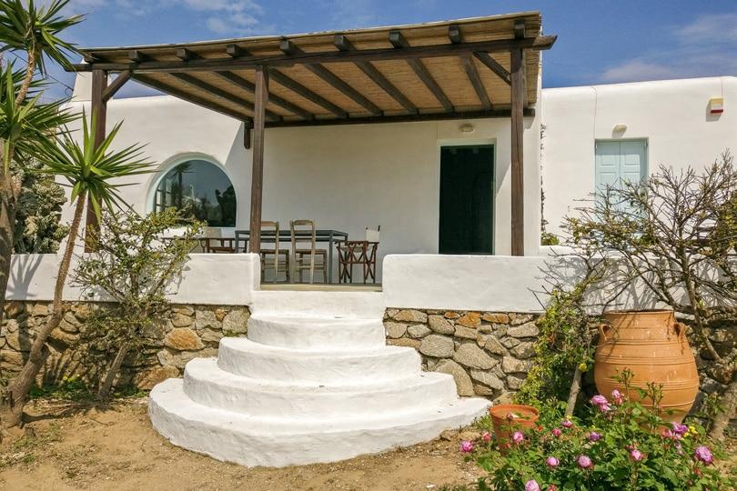 Charming cottage near Paraga beach