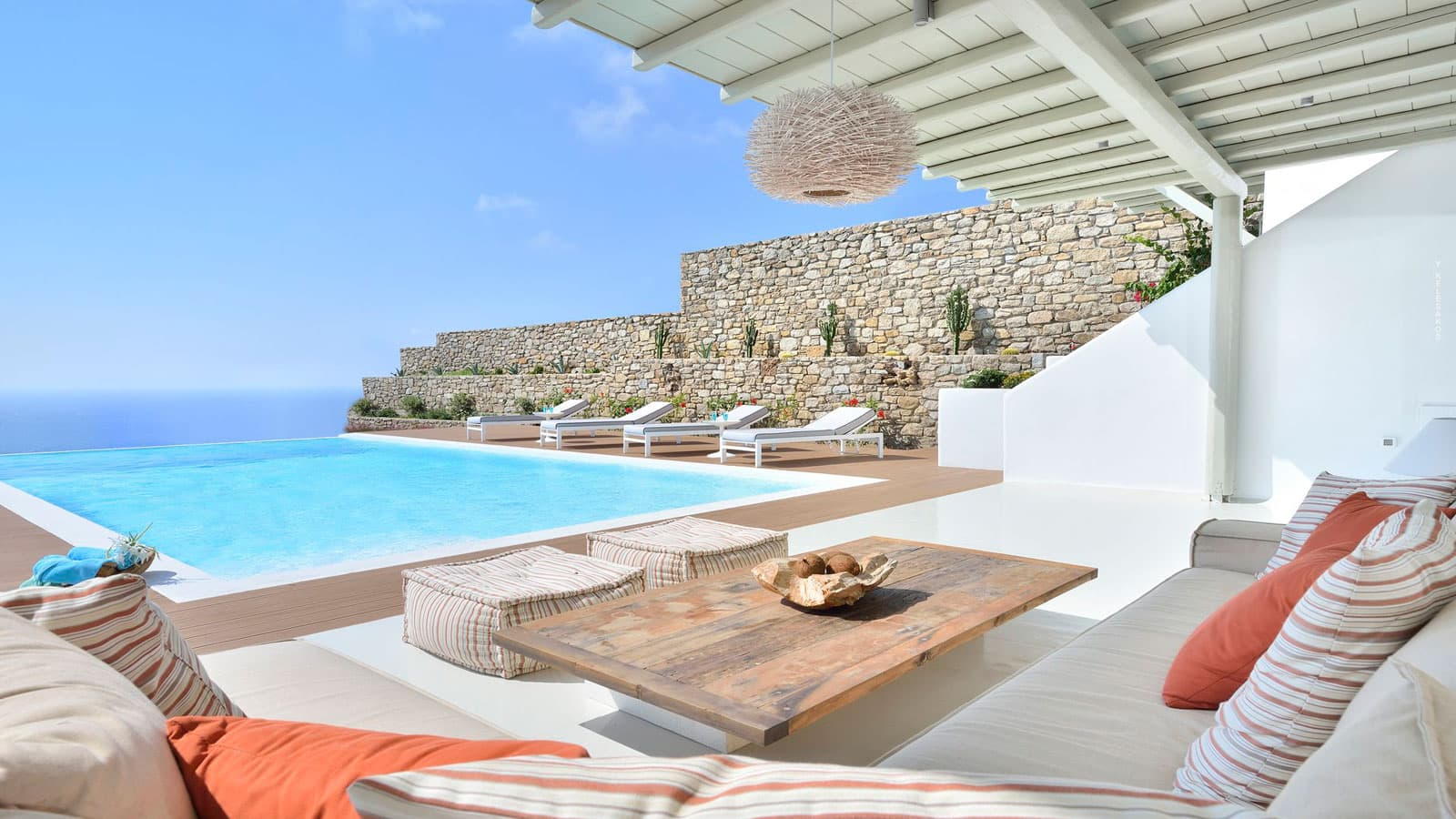 Mykonos villa for rent with private pool